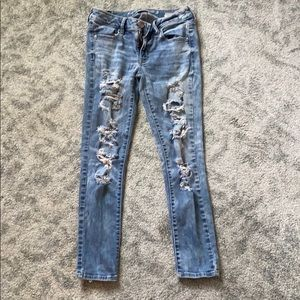 light wash, ripped skinny jeans